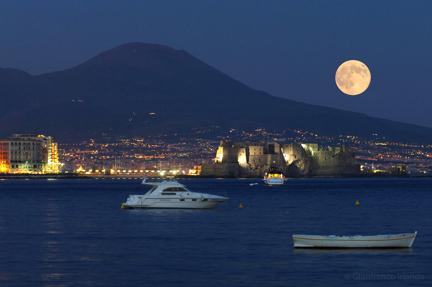 Luna-bugiarda-®-Gianfranco-Irlanda